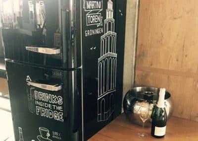 Handlettering koelkast Apollo Hotel